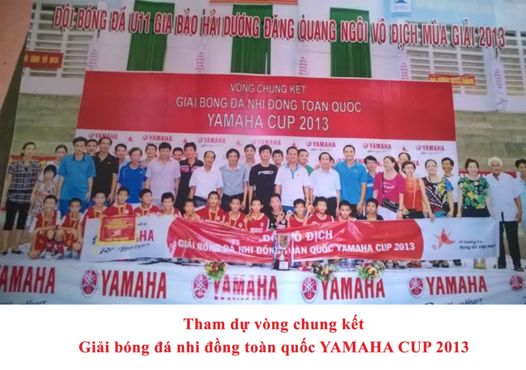 The football teams of U11 Gia Bao